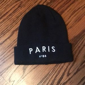 Accessories - Paris beanie